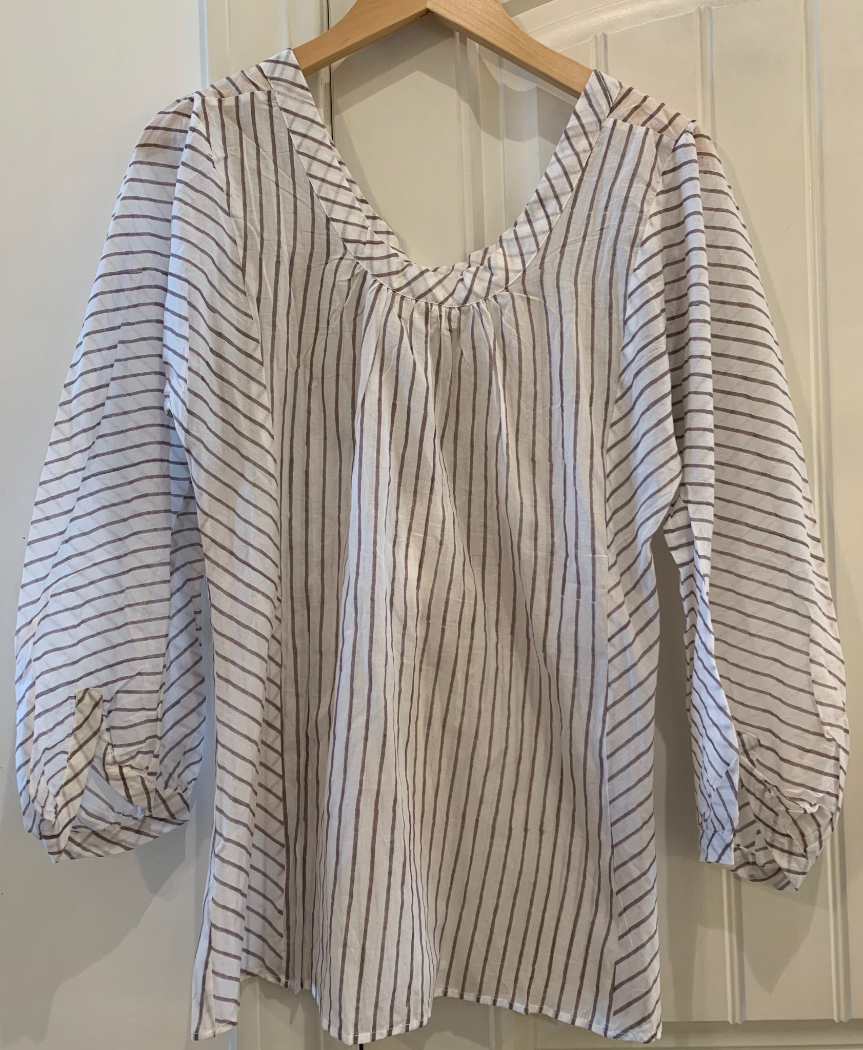 Kerry Cassill 3/4 Sleeve Blouse Med Grey Stripe M/L