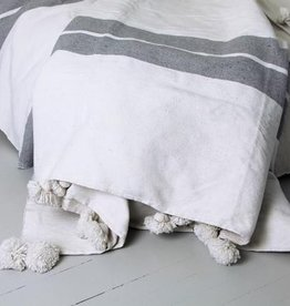 """Kesh bed cover, wide stripe in white/grey with Pom poms 79"""" x 95"""""""