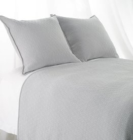 "India's Heritage Queen ""INDI"" Coverlet Diamond Mattelasse Light Grey"
