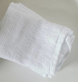 Ashley Meier Fine Linens Washcloth set of 4 Waffle Linen White
