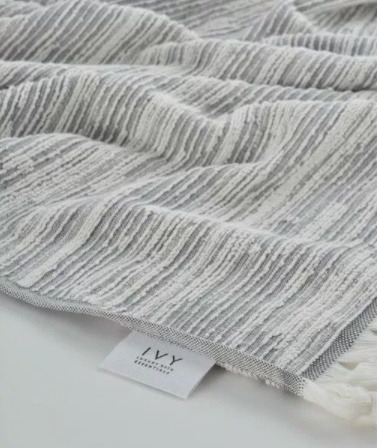 Ivy Maine/jacquard yarn dyed grey and white hand