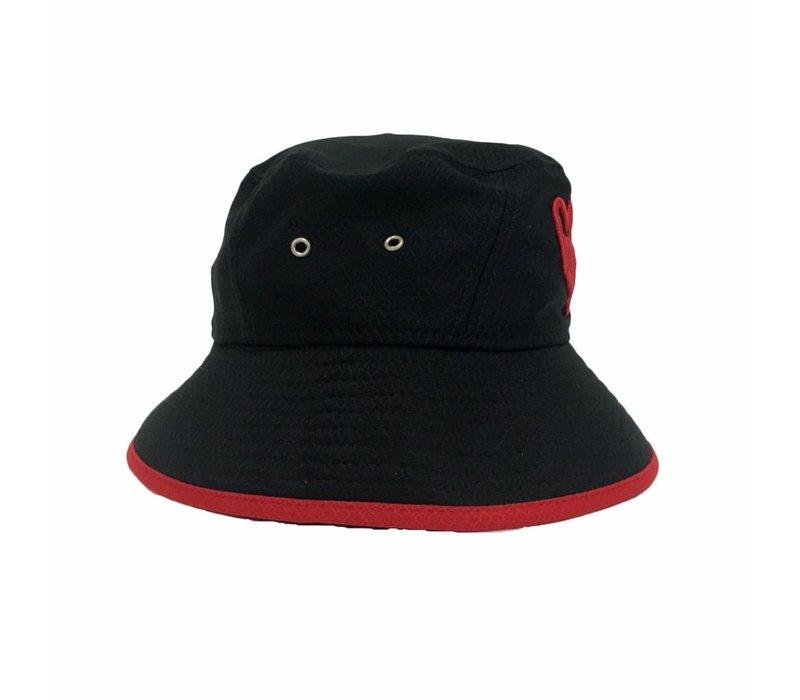 ULTRA HAT
