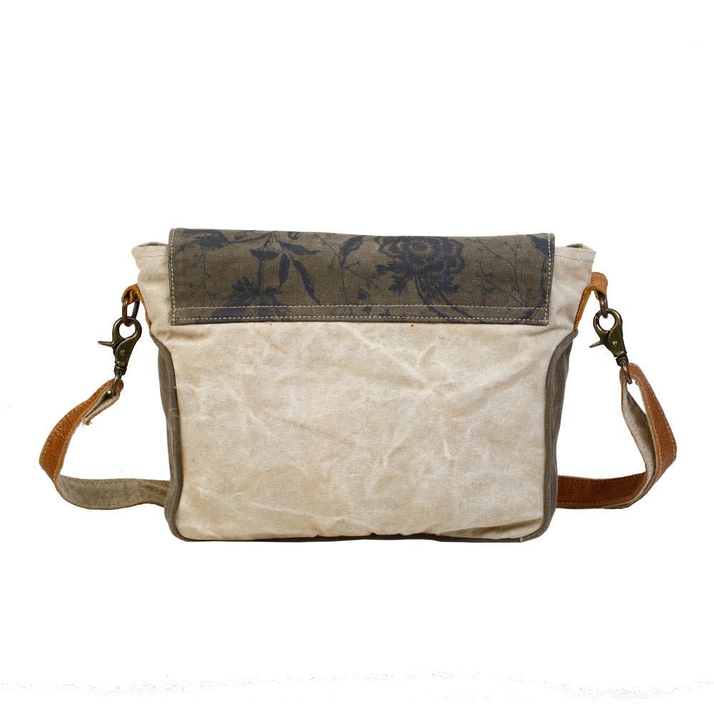CLASSIC FLAP OVER MESSENGER BAG