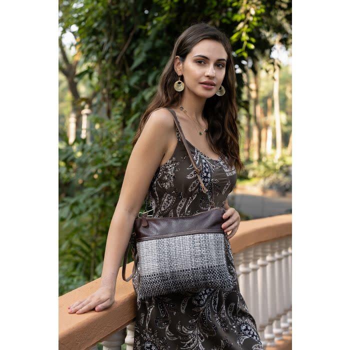 Myra Bag Cuddled Small & Crossbody Bag