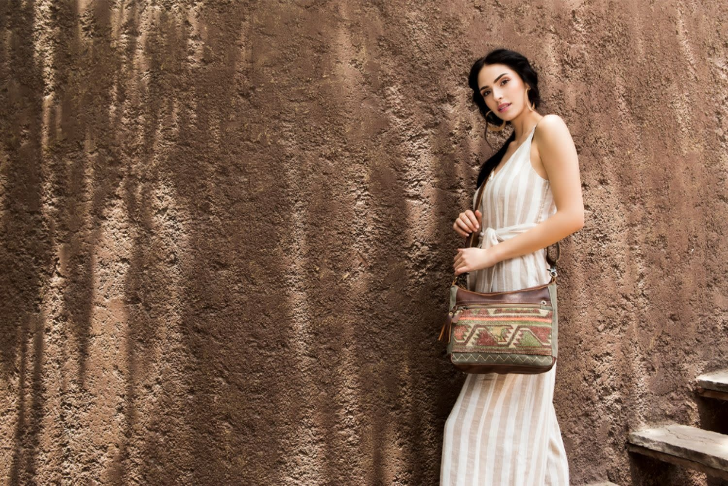 Myra Bag Luguni Shoulder Bag