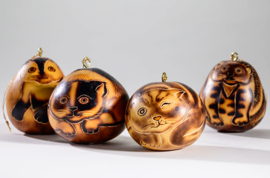 Lucuma Cat Gourd Ornament