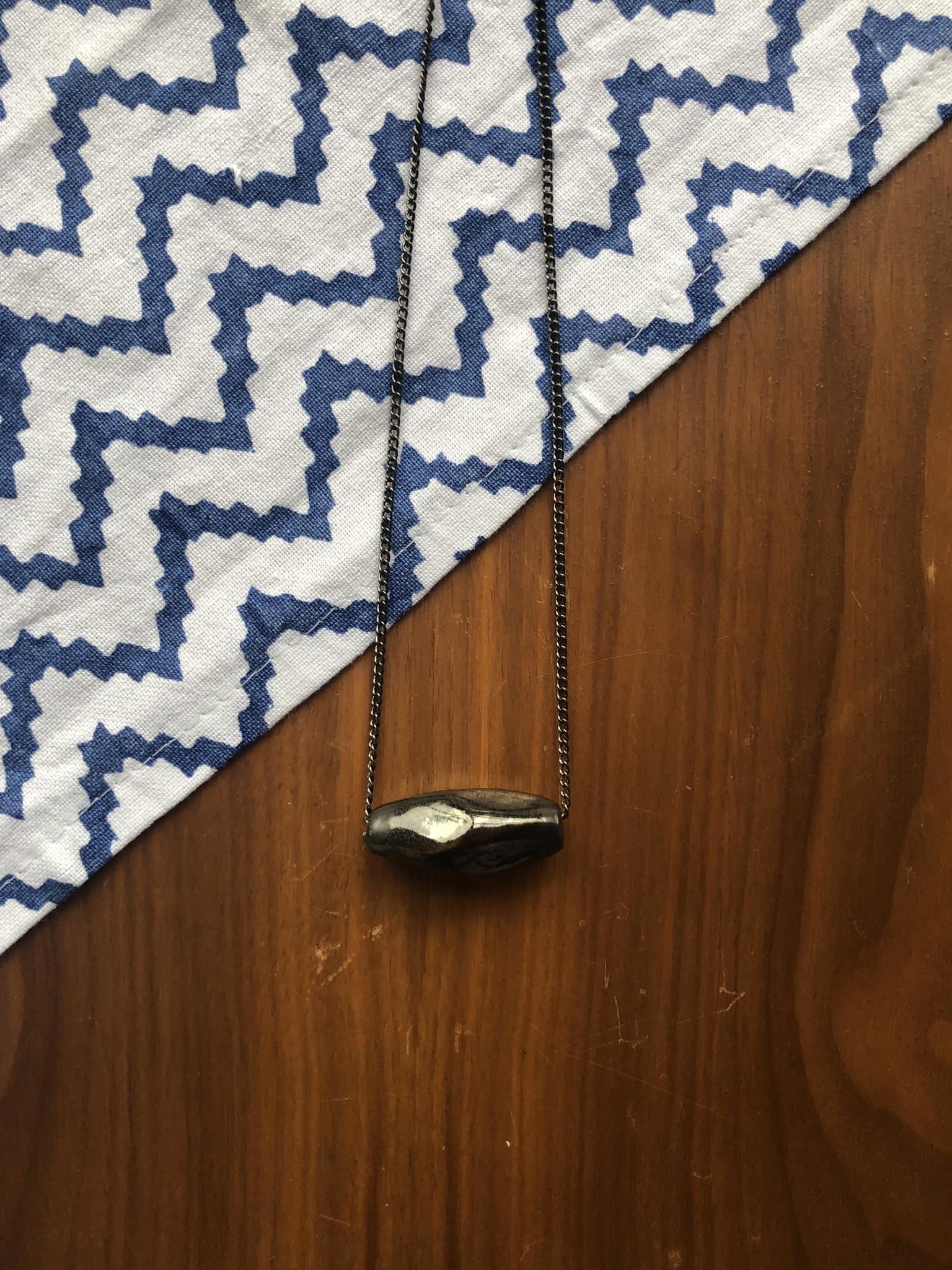 Rock Plain Necklace