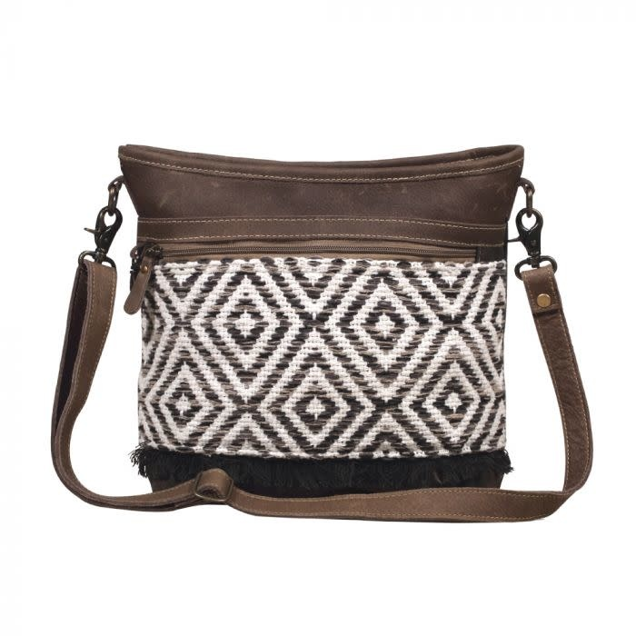 Patterned Shoulder Bag Daiseye Want to get leather and hairon bag, upcycled handbag & vintage canvas bag? patterned shoulder bag