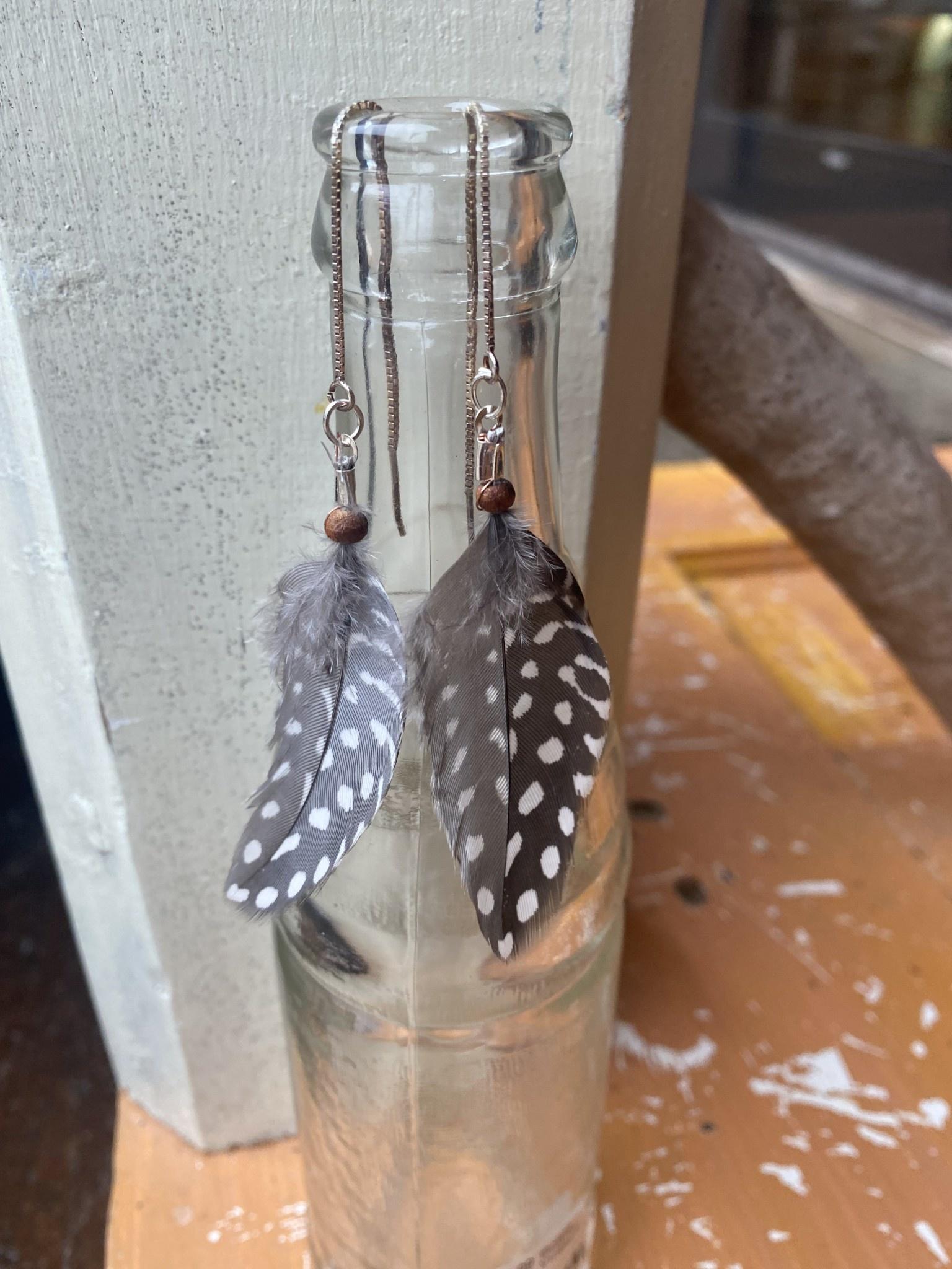 Ziggywear Guinea feather chain earrings