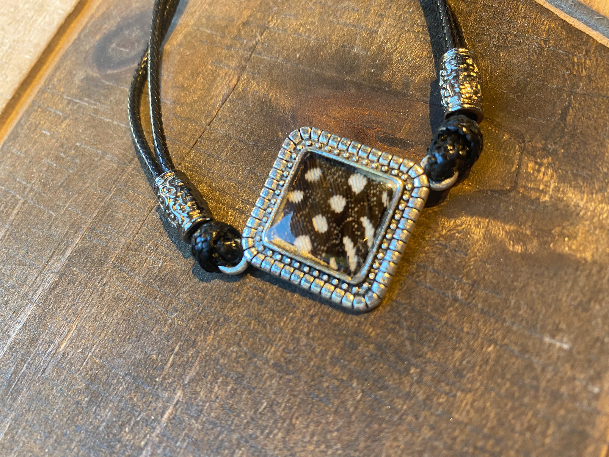 Ziggywear Guinea Slipknot Bracelet