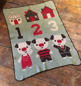 Green 3 Apparel 3 Pigs Jr Throw Green