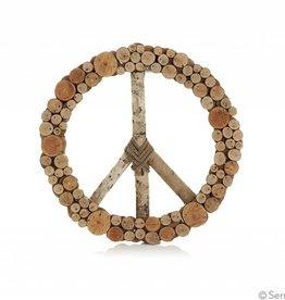 SERRV Layered Peace Wreath