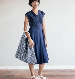 Pich wrap dress - Navy with Diamonds