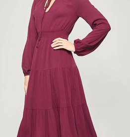 PROMESA Long Sleeve Midi Dress
