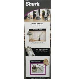 Shark Navigator Swivel Deluxe