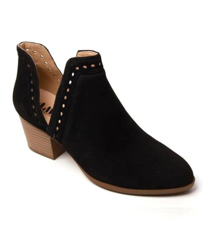 Luv Fashion Button Booties