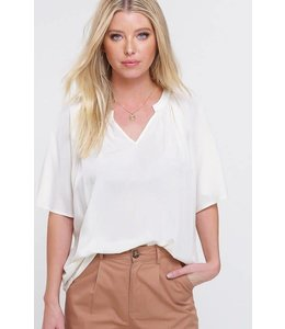 PODOS Butterfly Sleeve Top
