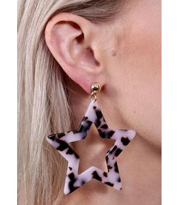 PODOS Resin Star Earrings