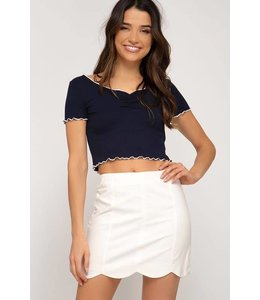 PODOS Scalloped Hem Mini Skirt