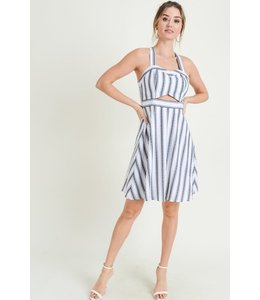 PODOS Front Cut-Out Dress