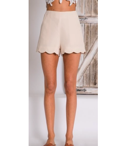 PODOS High Waist Scallop Hem Shorts