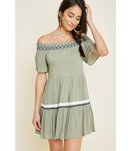 PODOS Off- Shoulder Swing Dress
