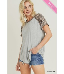 PODOS Leopard Print Baseball Sleeve Top PLUS