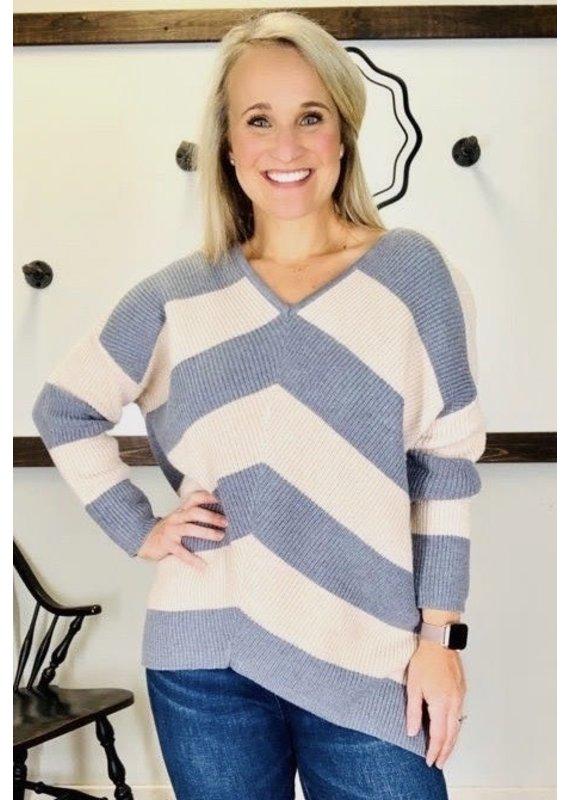 PODOS V-Neck Stripe Sweater