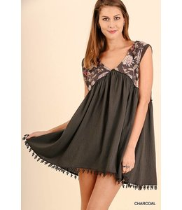 Umgee Sleeveless Peasant Dress