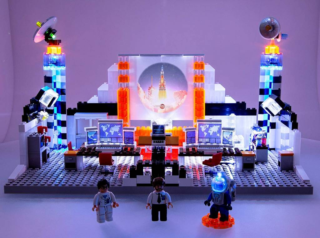 Mission Control by Laser Pegs