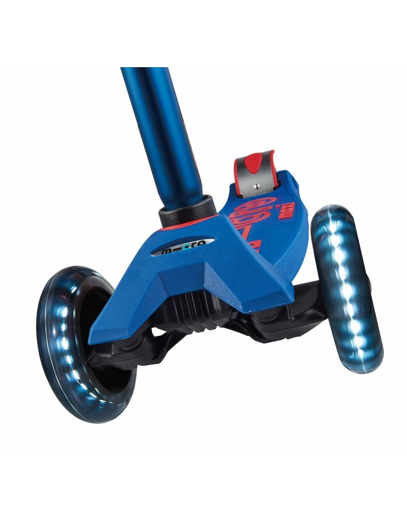 Maxi Deluxe Scooter with LED Wheels