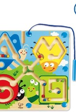 Best Bugs Magnetic Maze by Hape