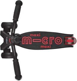 Maxi Deluxe Pro in Black/Red by Micro Kickboard