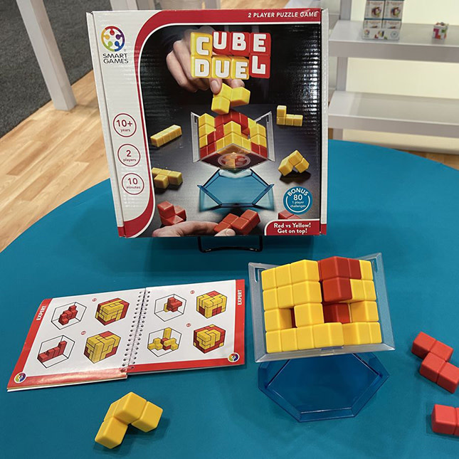 Cube Duel by SmartGames