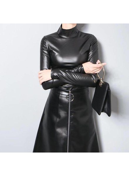 VEGAN LEATHER TURTLENECK