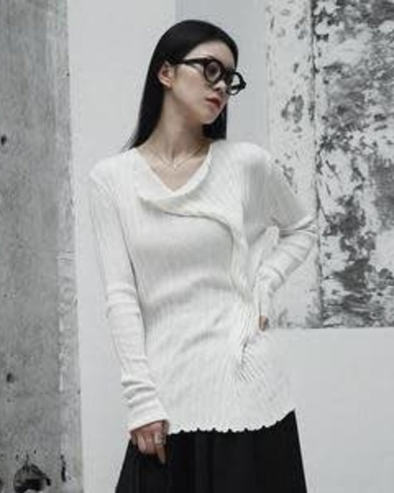 FURONTO BUNCH SWEATER