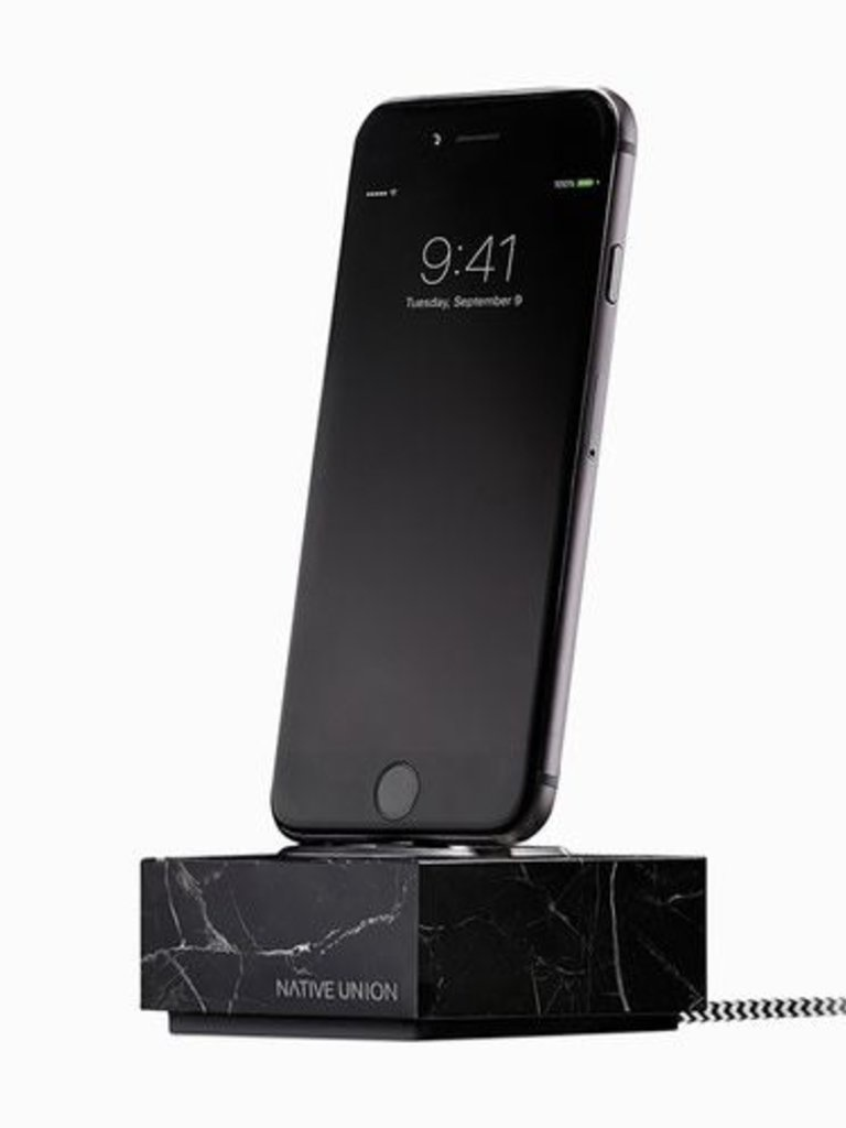 https://www.theartofstyleboutique.com/native-union-iphone-dock.html
