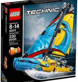 Lego Lego Technic Yacht de course