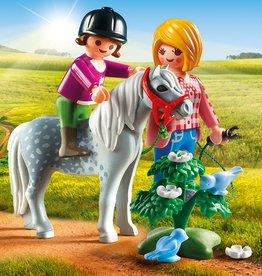 Playmobil Cavalière avec soigneur et poney
