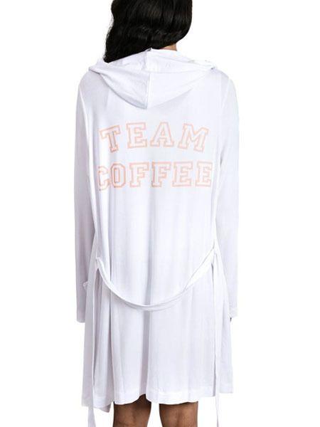 SLEEP by PRIV Team Coffee Hooded Robe in White/Peach Keen