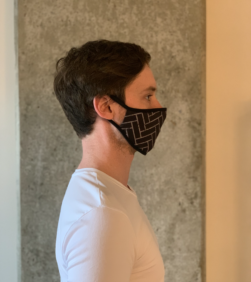 Volt Design Mask no.342-R | Ours Chinois