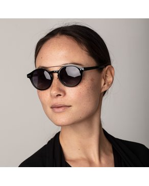 Pilgrim Pilgrim Black Carrie Sunglasses
