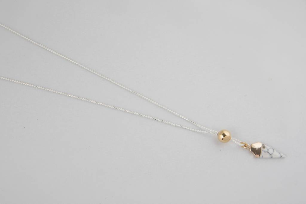 Atelier SYP HOWLITE DELIGHT - Necklace (White)