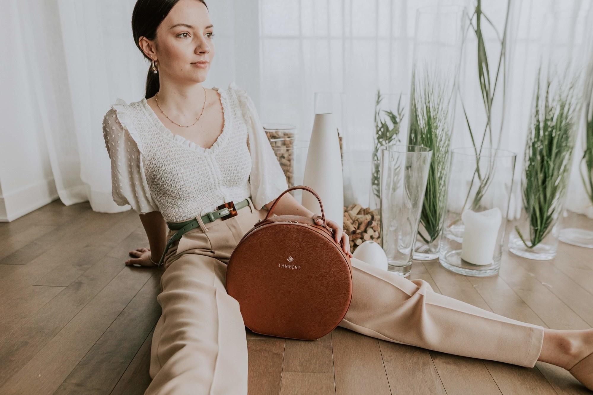 Lambert OLIVIA - Sac à dos en cuir vegan tan pour femme