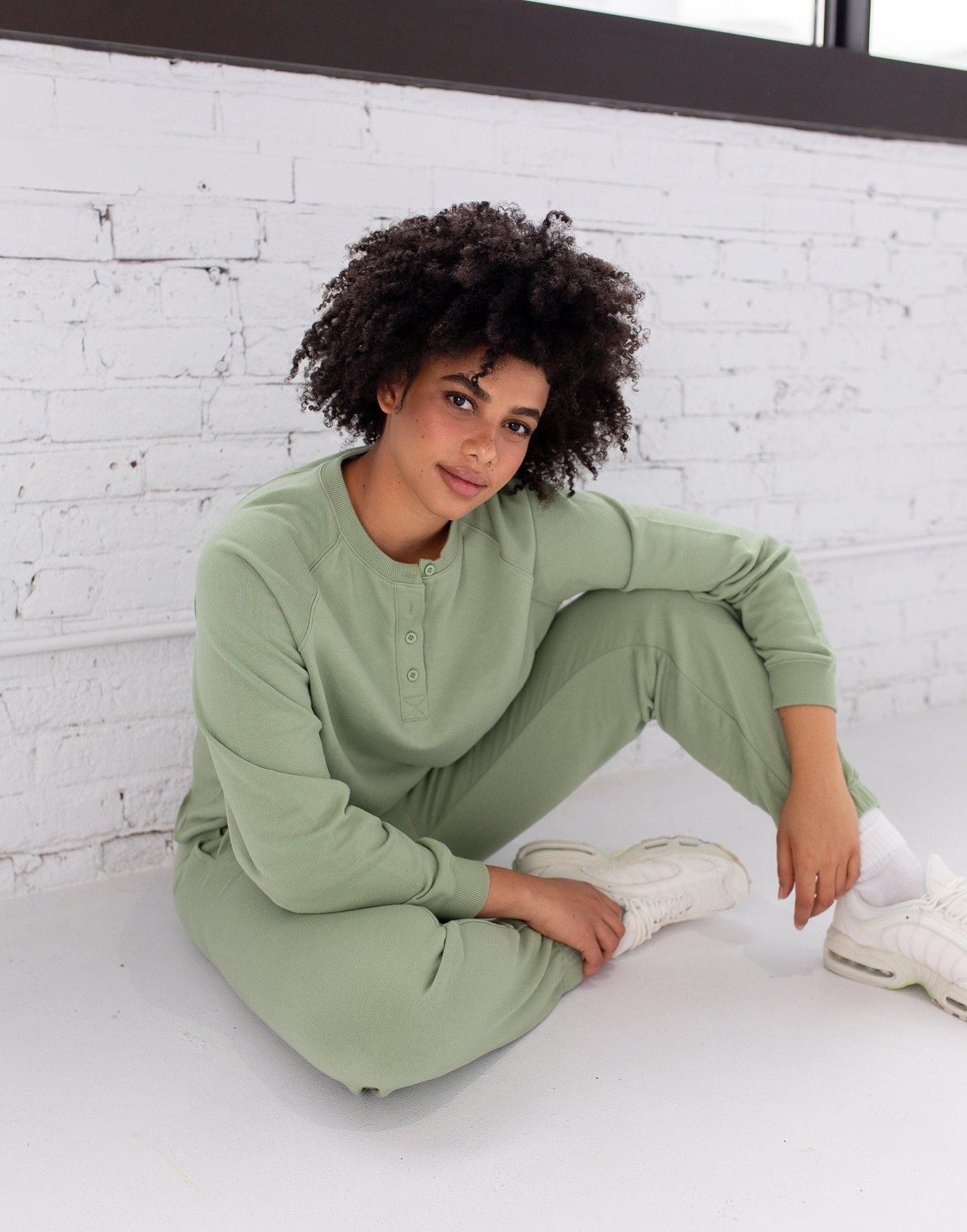 Yoga Jeans  Sweatshirt  Henley Reseda ( court)
