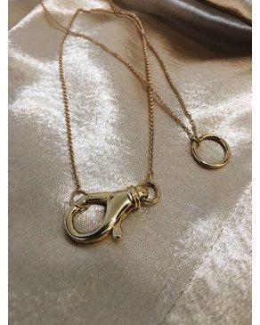 """Treasure Box The """"O"""" Necklace (Gold)"""