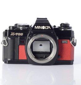 Minolta X-700 MJ Thriller Red