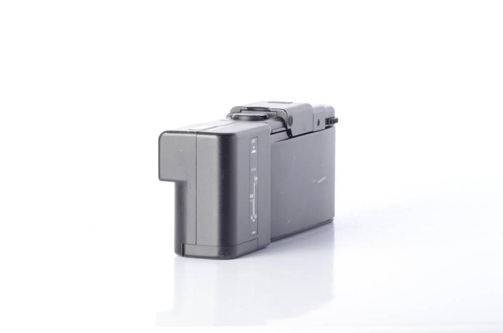 Olympus Olympus XA4 Macro 35mm Point and Shoot Film Camera SN: 138325 *