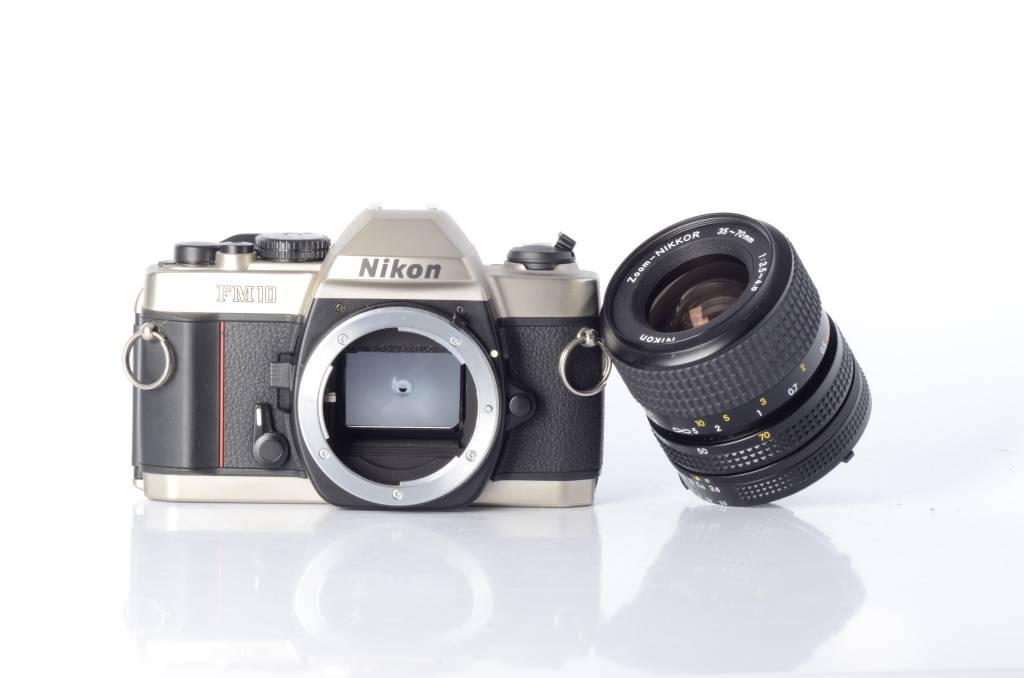 Nikon Nikon FM10 Kit Nikkor 35-70mm