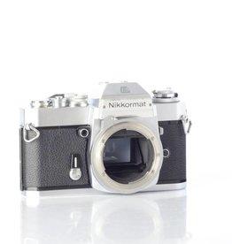 Nikon Nikkormat EL SN: 5227880 *